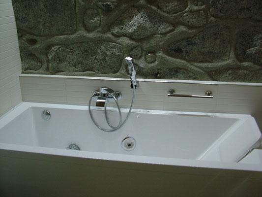 What Does Vasca Da Bagno Mean In English : Acqua bagno con idromassaggio ilnoceallafinestra b b