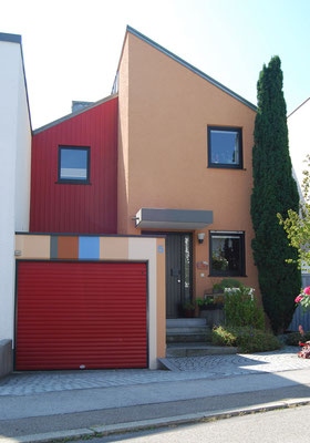 Reihenmittelhaus im Architekturstil, Nordseite,  Ingolstadt