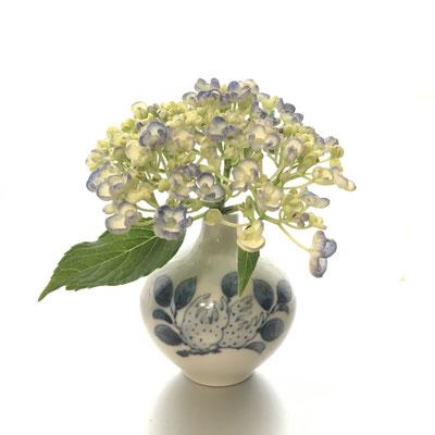 #李参平#唐津焼き#ご夫婦の作品#紫陽花 を飾って見ました