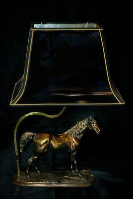 Pied de lampe en bronze équestre fabrication artisanale Lumibronze
