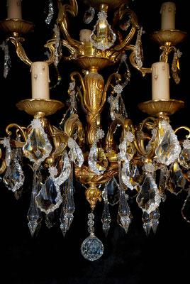 Lustre bronze, détail des cristaux fabrication artisanale Lumibronze