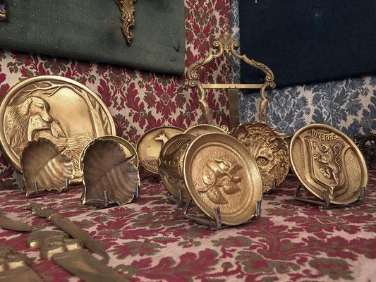 Soucoupes, trophées, coupe-papiers en bronze d'art fabrication artisanale Lumibronze