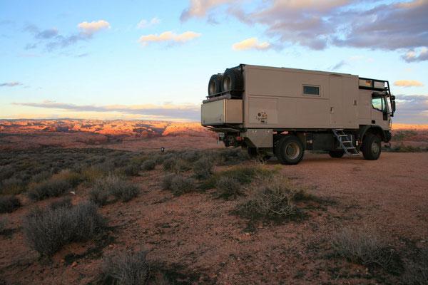 Schlafplatz für 2 Nächte am Trailhead des Coyote Gulch