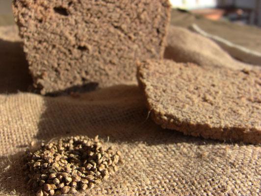 pain et semences de millet japonais
