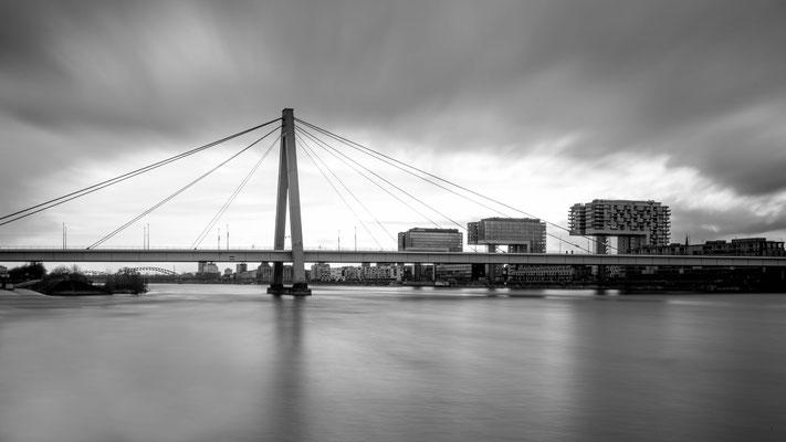 Severinsbrücke und Kranhäuser, Köln