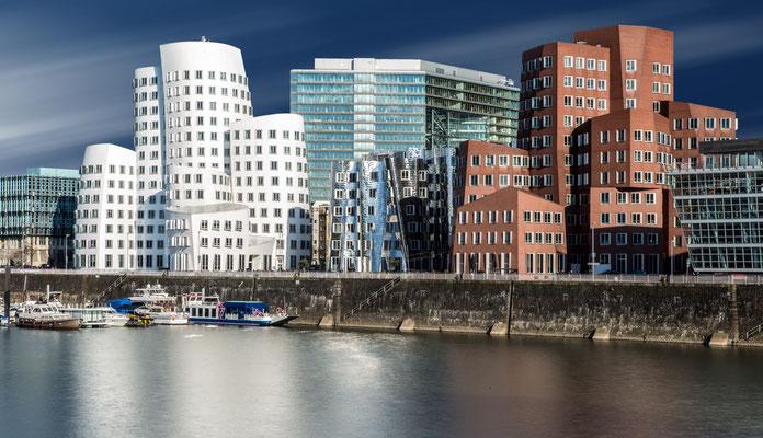 Medienhafen, Gehry-Bauten, Düsseldorf