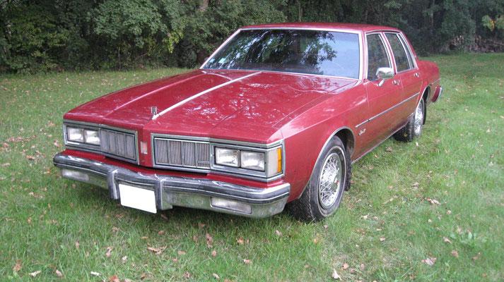Oldsmobile Delta 88 V8 5,7 l (Mr Patrice B. 86)