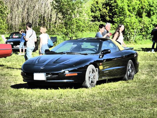 Pontiac Firebird 1995 V6 3,4 l (Mr Grégory G. 13)