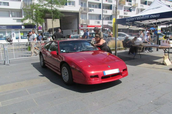 Pontiac Fiero 1987 V6 2,8 l (Mr Fabrice S.)