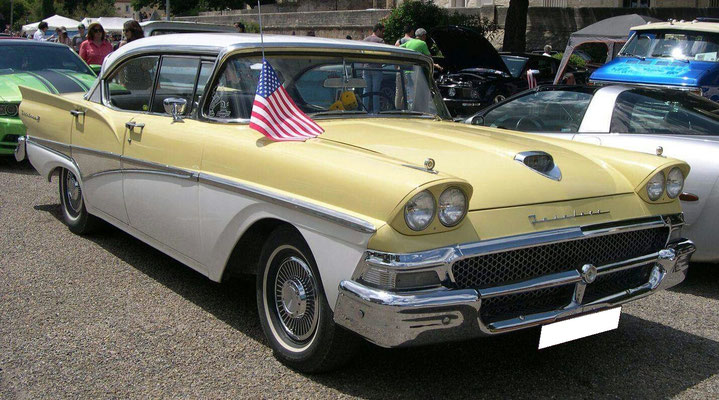 Ford Fairlane 1958 V8 5,4 l (Mr Pierre D. Belgique)