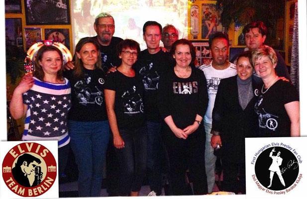 Mit dem Elvis Fan Club aus Budapest