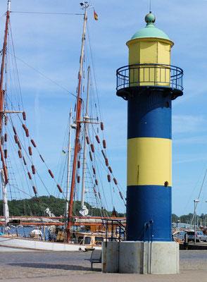 Eckernförde, Leuchtturm im Hafen