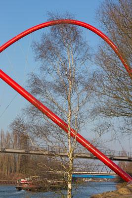 Nordsternpark - Bogenbrücke - Kanal