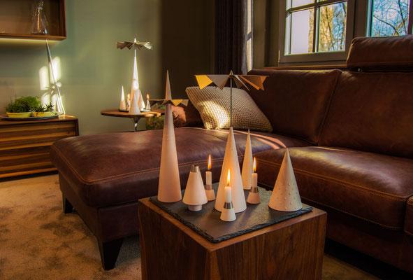 Minimal Art Lichtspiele moderne Pyramide Weihnachtspyramide Kegelpyramide Kegel Licht Spiele zeitgemäß puristisch handwerk moderne Pyramide Räuchermann