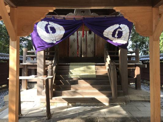 室城神社本殿