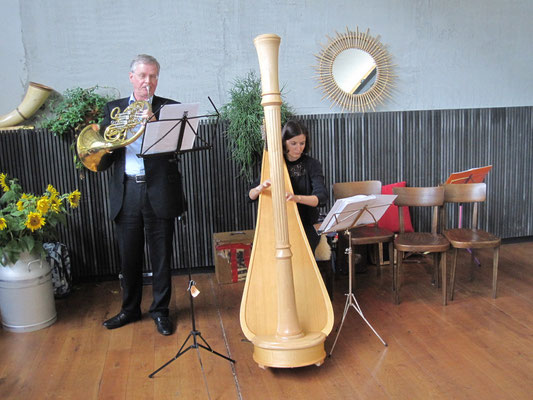 Herbschtstubete 2015 im Schmatz: Waldhorn und Harfe