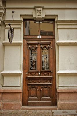 Puerta en Basilea. Suiza.