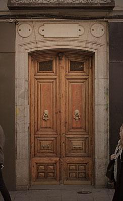 Puerta en Madrid.