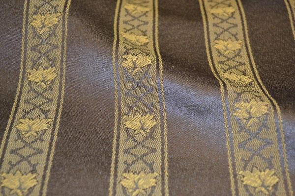 артикул Alice 52; портьерная ткань; тип ткани - жаккард; высота  - 280 см; состав: 60% хлопок, 40% полиэстер