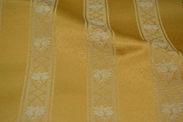 артикул Alice 22; портьерная ткань; тип ткани - жаккард; высота  - 280 см; состав: 60% хлопок, 40% полиэстер