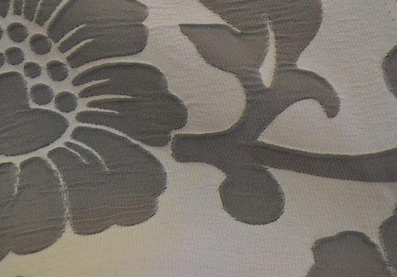 артикул Alicante 52; портьерная ткань; тип ткани - жатая тафта; высота  - 290 см; состав: 100% полиэстер