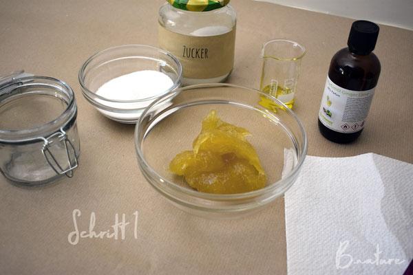 Schritt 1: Gewünschte Überfettung ausrechnen, alle Zutaten abwiegen und bereitstellen.