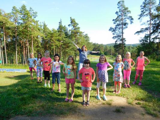 Die Altersgruppe 6-8Jahre mit Julia…. (Fotos: Julia Hutzler)