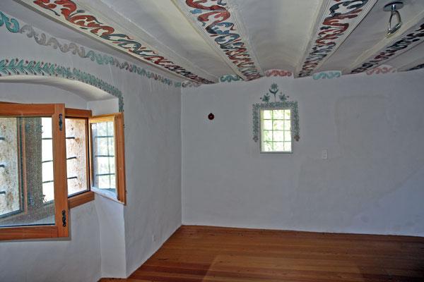 Wand- und Balkenmalereien