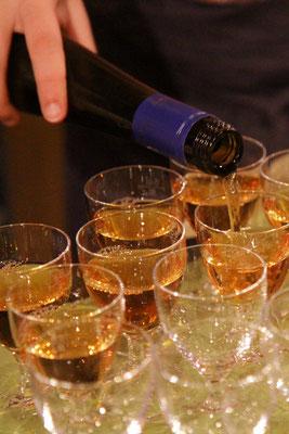 In diesem Jahr sind alle Weine vom Weingut Margaretenhof in Rheinhessen (www.weingut-margaretenhof.de).