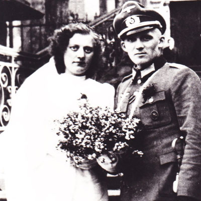 Maria & Hermann Dückinghaus - April 1945