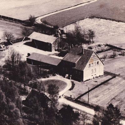 Das Haus in den 50ern noch ohne den Gasthof.