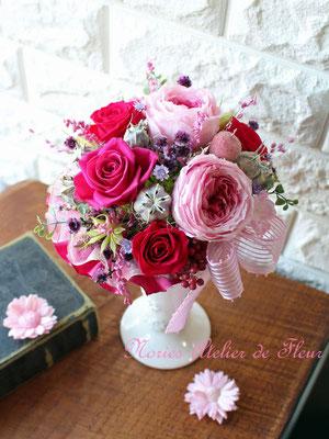 Margot マーゴ ピンクのオールドローズのプリザーブドフラワーアレンジメント