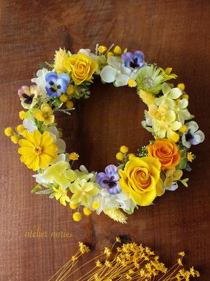 Viola ビオラ ミモザとビオラの黄色いリース(M)