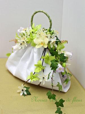 Laily ライリー 生花 グリーンのデンファレのバッグ型ブーケ