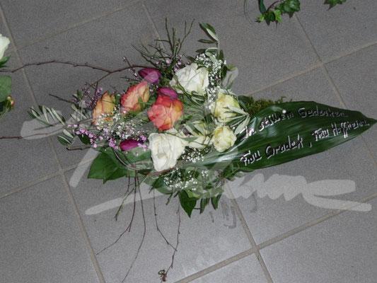 Trauergesteck klein Einfach Blume