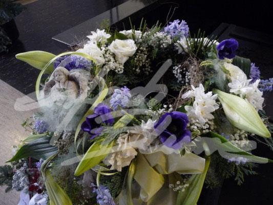 Urnenkranz bunt verspielt Einfach Blume
