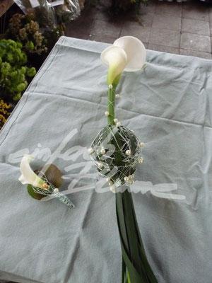 Calla Anstecker mit Brautstrauss Einfach Blume