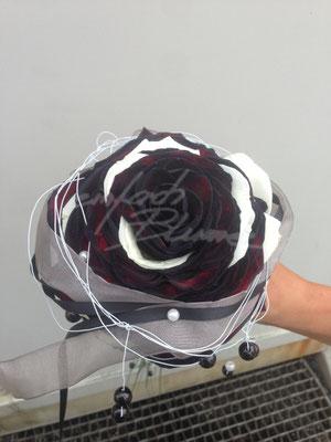 Glamelie Schwarz Einfach Blume