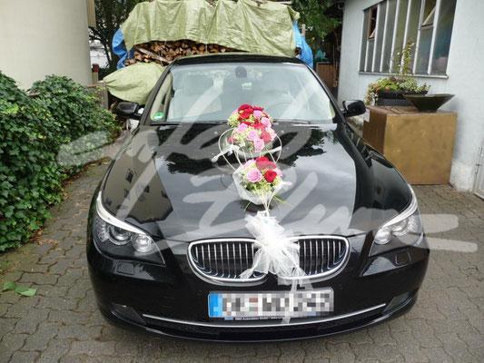 runder Hochzeitsautodeko Einfach Blume