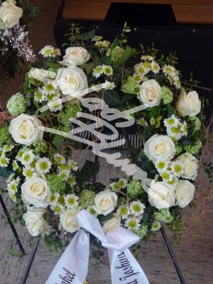 Weisser Trauerkranz Einfach Blume