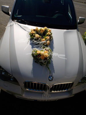 BMW Hochzeitsauto Herzdeko Einfach Blume