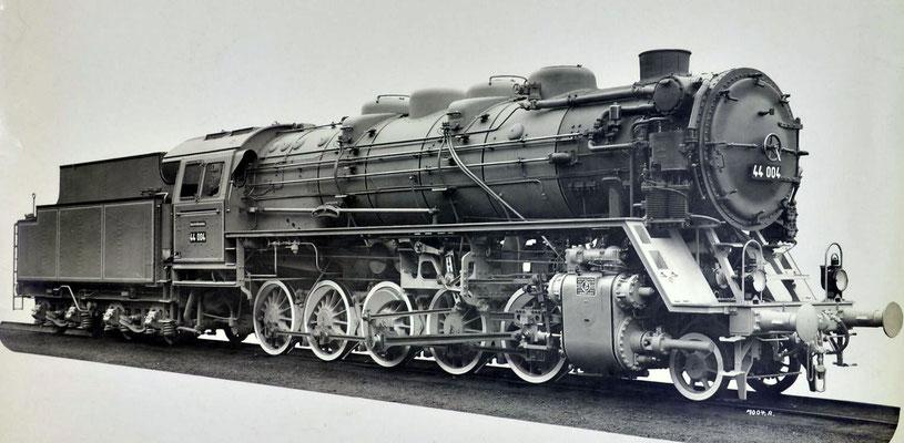 Lok 44 004 im Fotoanstrich 1926, Erst-Bw Weissenfels