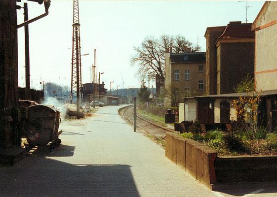 Bahnsteig der ehemaligen Kleinbahn KW-Mittenwalde-Töpchin im Bahnhof Königs Wusterhausen, 1993