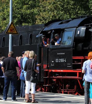 Lokführer und Heizer der 03 155