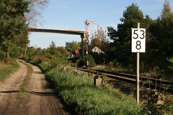 29.09.2011: Einfahrtsignal F zum Bf Zernsdorf aus Richtung KW
