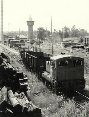 1990: Diesellok rangiert