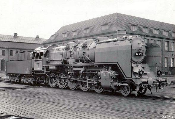 Einheitslok 50 1293, Fabriknummer 11587, auf der Drehscheibe in Wildau 1941