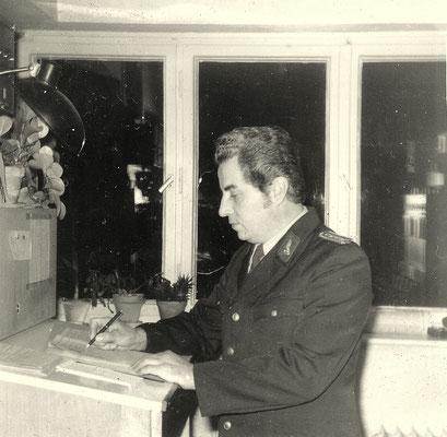 1974: Der Fahrdienstleiter waltet seines Amtes...