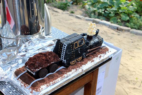 Die 03 155 als Schokoladenlok