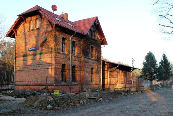 Bahnhofsgebäude Zernsdorf, 05.12.2016